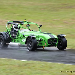 Wet day at the track, E5 and 50-200SWD