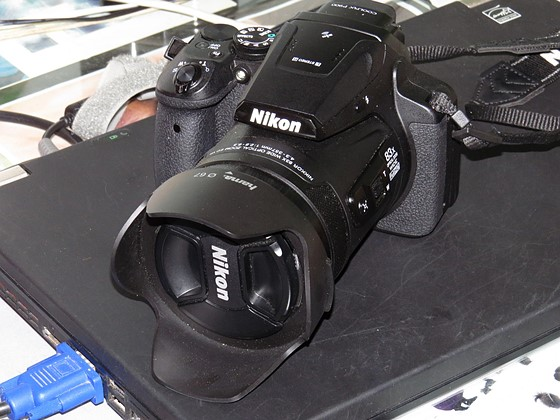which lens hood for the p900 ?: nikon coolpix talk forum: digital ...