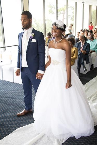 Canon 135mm F2 Wedding Photography: Accidental Wedding Photographer