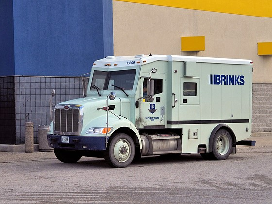 Re: Peterbilt - Brinks...
