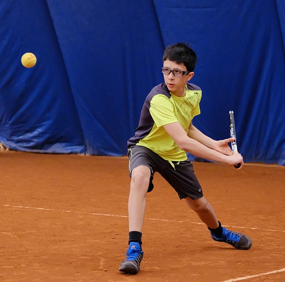 flickerball a fast paced sport Re: using fuji xt2 in indoor, fast paced sports in reply to daveycrocketb3 • jan 25, 2017 thanks for sharing your experience.