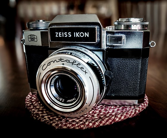 Zeiss IKON Contaflex Super B, My First Quality Camera In