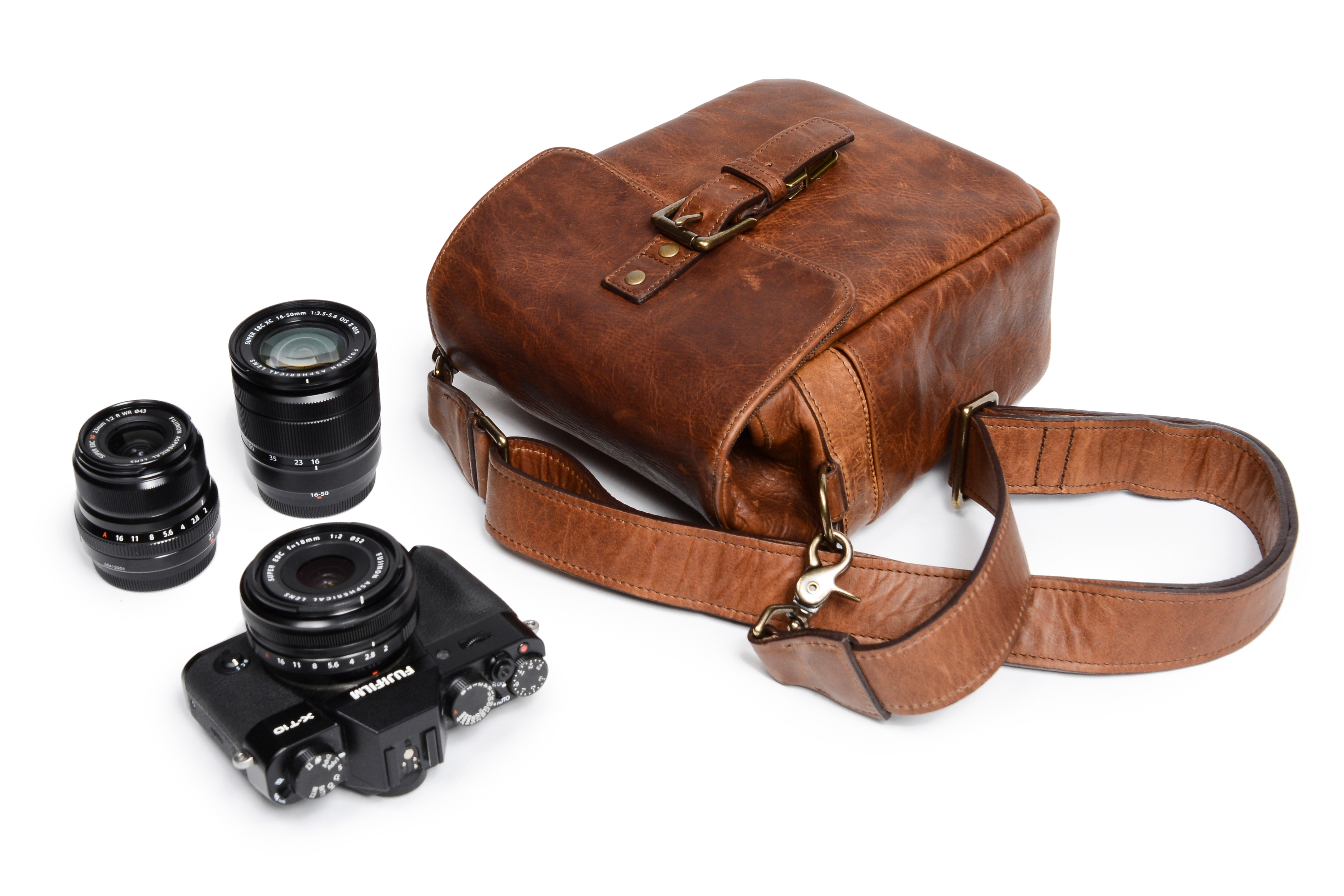 b16c17c3ce9 ONA releases new style bags and accessories for mirrorless users ...