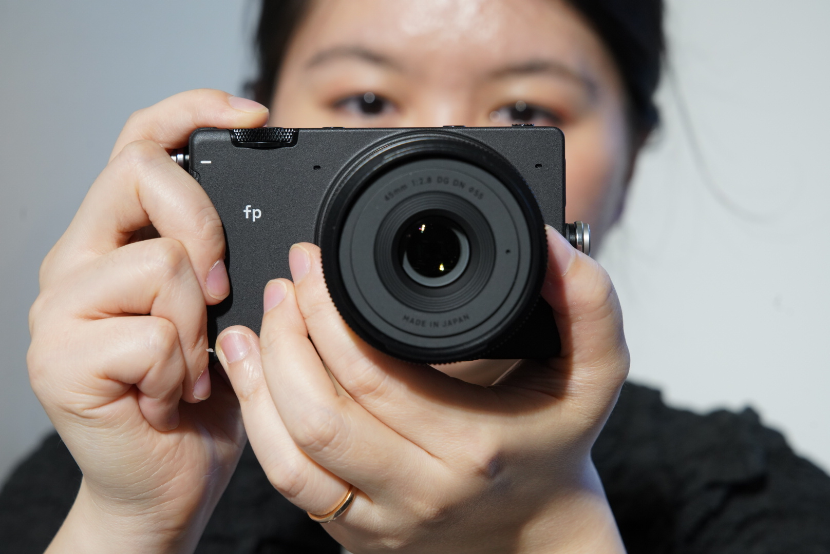 Hands-on with new Sigma 'fp' - a compact, full-frame, L